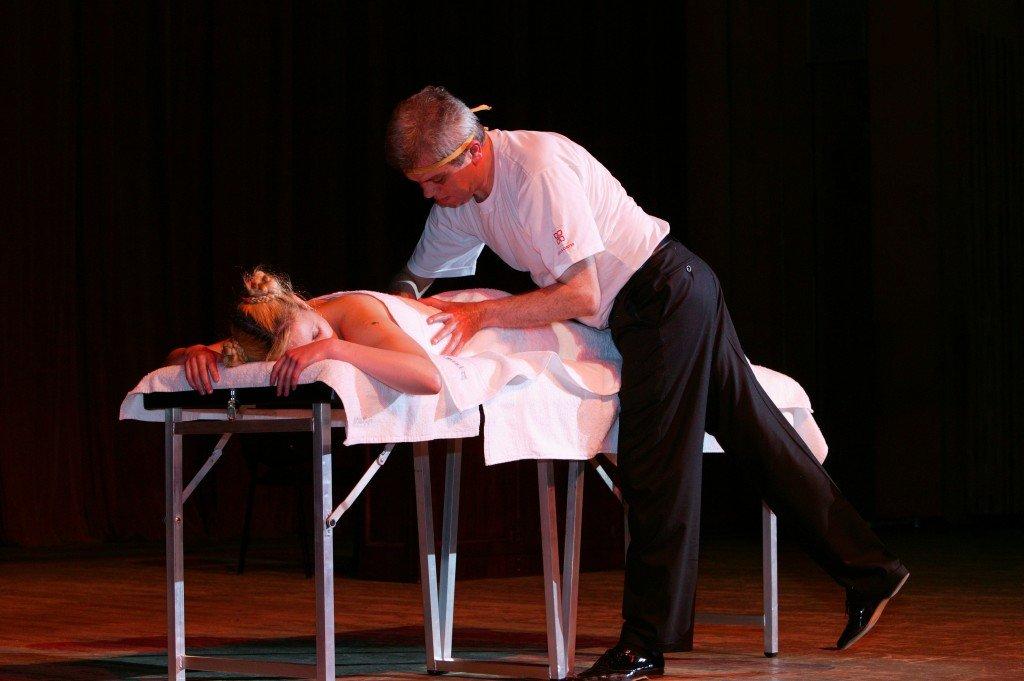 Spectacle Massage Artistique