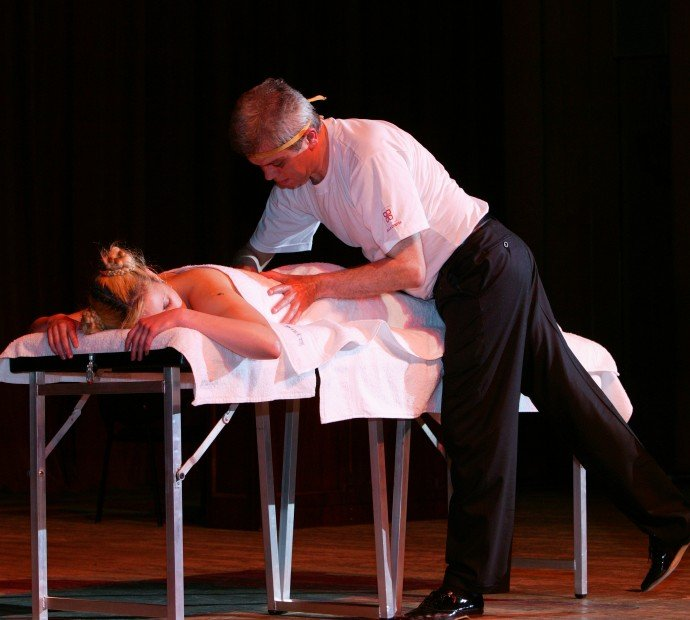Spectacle Massage Artistique